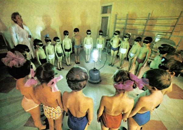 kindergarten-in-Murmansk-Russia-UV-light-Vitamin-D